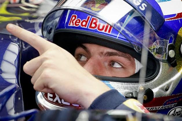Verstappen promoveert naar Red Bull