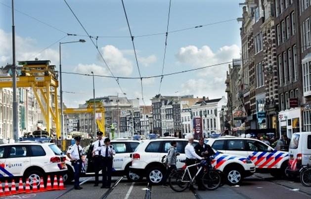 Aanbesteding politiewagens een jaar vertraagd