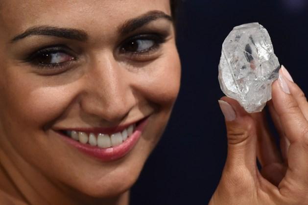 's Werelds duurste ruwe diamant blijft nog in de kluis
