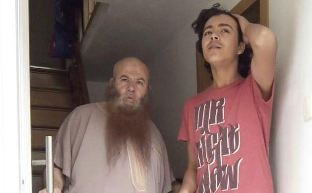 """Zoon van Nederlandse haatprediker vraagt begrip: """"Ik ben geen terrorist"""""""