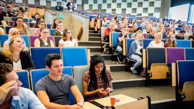 'Studenten ruim 2 procent er op achteruit'