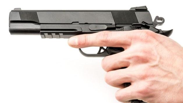 'Grap' met nepwapen zet wellicht hele gezin op straat