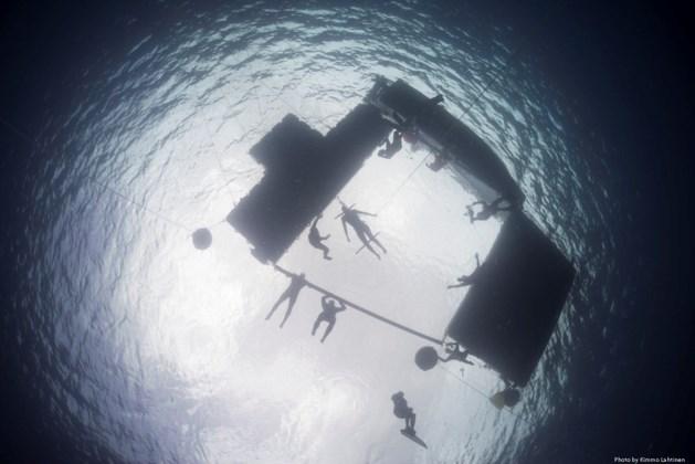 Wereldrecord: 92 meter diep onder water