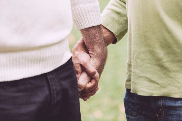 Homoseksuele ouderen genegeerd en getreiterd in verzorgingshuis