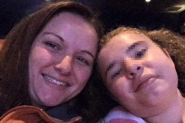Meisje (11) dat hersentumor overleefde stapt uit het leven na pesterijen over uiterlijk