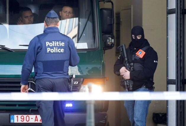 Mogelijk nog wapens in België van terroristen Parijs en Brussel