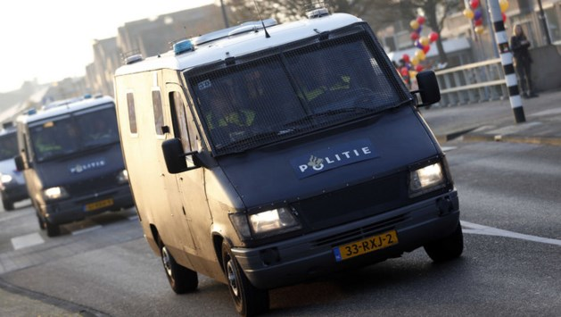 Politie houdt 200 tegenstanders Zwarte Piet aan