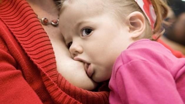 Moeder ontslagen vanwege borstvoeding