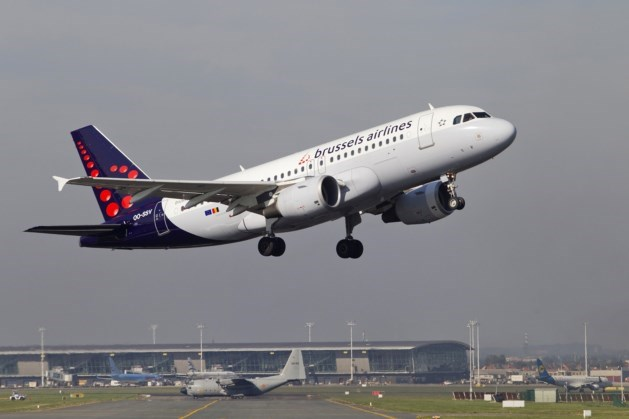 Amokmakers van vliegtuig gehaald in Zaventem