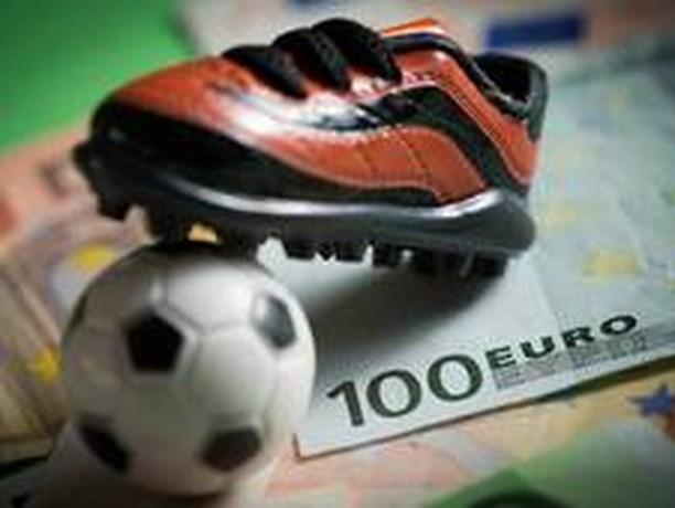 'Matchfixers kopen hele voetbalclubs om uitslagen te beïnvloeden'