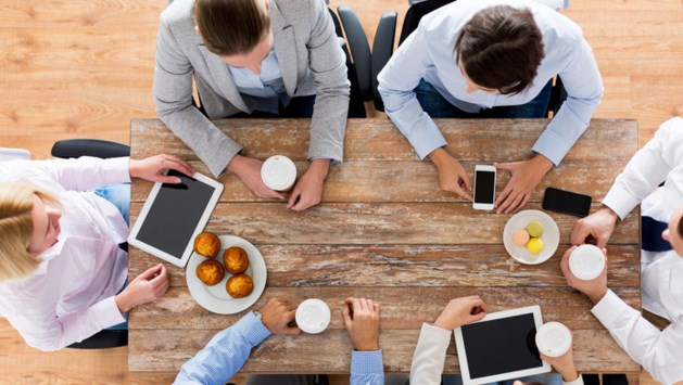 Praatje bij koffieautomaat maakt bedrijf succesvoller