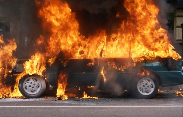 Al vijf autobranden dit kwartaal in één straat