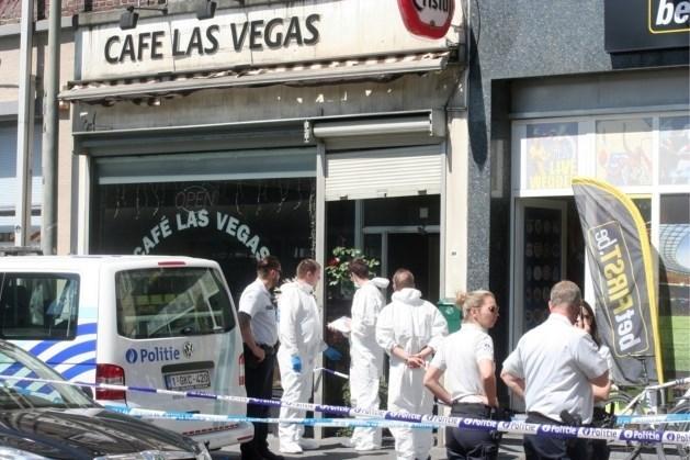 Cafébaas schiet man met elf kogels dood