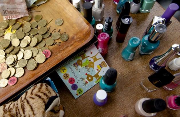 Vraag naar nagellak stijgt door lak-actie van doodzieke Tijn
