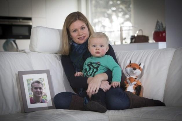 Wendy (32) krijgt kind van haar overleden man