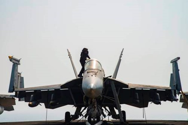 Amerikaanse bommen doden 100 leden al-Qaeda