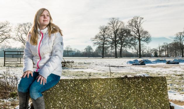 Larissa (21) is eenzaam en doet oproep:  'Wie wil er vrienden worden?'