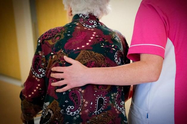 Dramatische euthanasie demente vrouw. Arts op matje