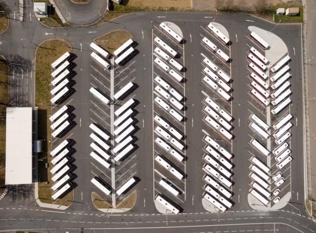 Meer parkeerplaatsen truckers bij Duitse grens