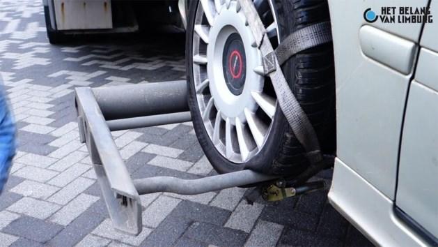 Tientallen autobanden lek gestoken
