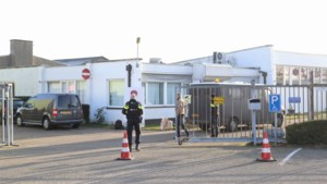 Bestuursleden moskee Geleen nog wekenlang vast