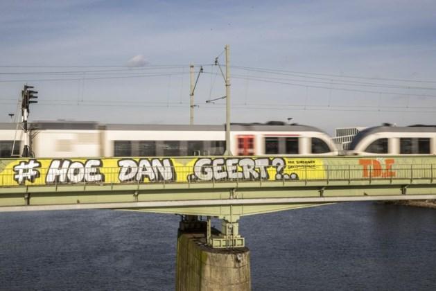 Graffitikunstenaar vraagt zich af: 'Hoe dan Geert?'