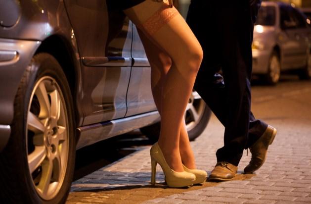 OM eist zeven jaar cel voor man die partner als prostituee liet werken