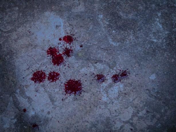 Bloed aangetroffen op perron in Heerlen, politie doet onderzoek