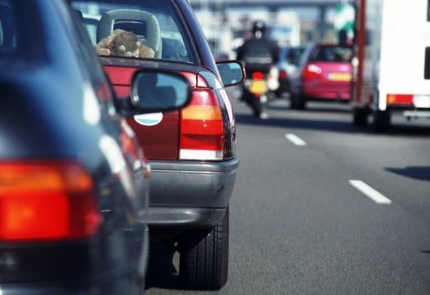 Forse vertraging na meerdere ongelukken op de A2