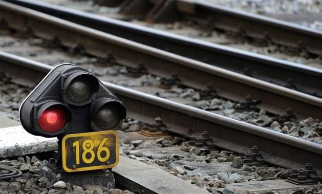 Problemen op spoor duren voort: nog steeds geen treinen