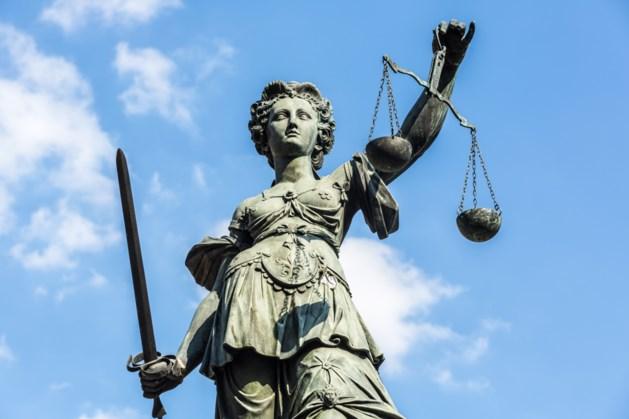 Lagere straf ontuchtpleger voor seks met stiefdochter