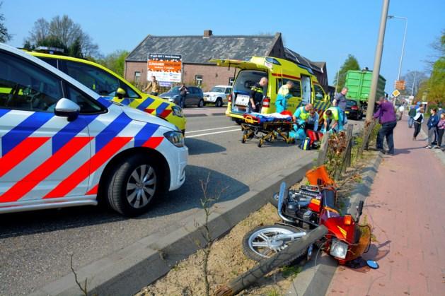 Motorrijder gewond na ongeluk met vrachtwagen