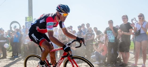 Van Avermaet wint Parijs-Roubaix, Langeveld derde