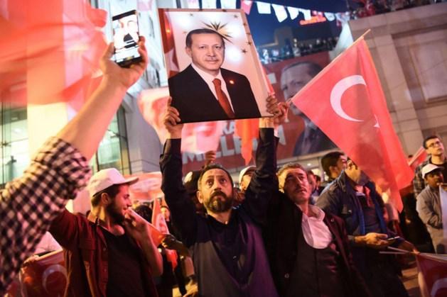 Waarnemers: referendum Turkije oneerlijk verlopen
