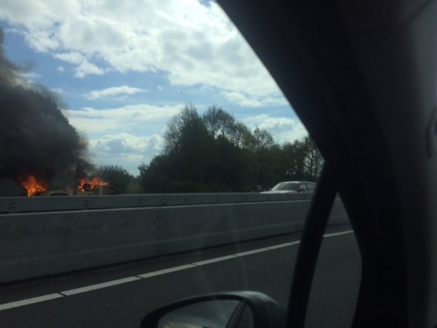 A2 weer vrijgegeven na autobrand bij Susteren