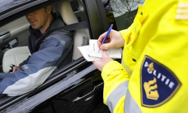 Politie in Landgraaf deelt 51 bekeuringen uit