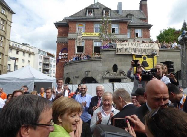 Angela Merkel op verkiezingsbezoek in Aken