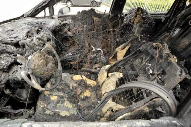 Wijkbewoners eisen camera's na nieuwe autobranden