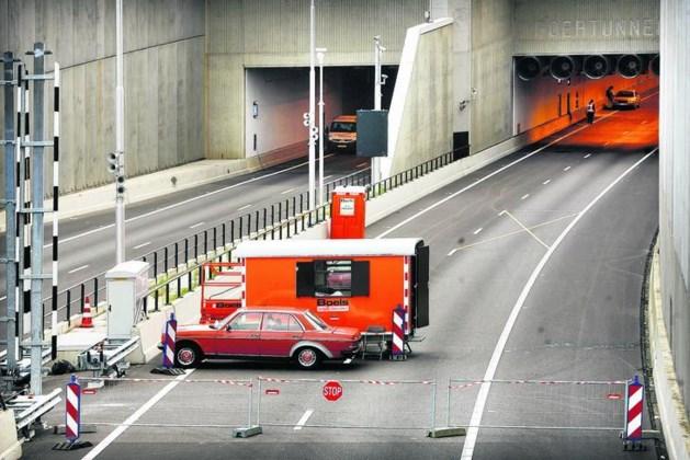 Overlast voor verkeer: tunnels A73 dicht en onderhoud snelweg