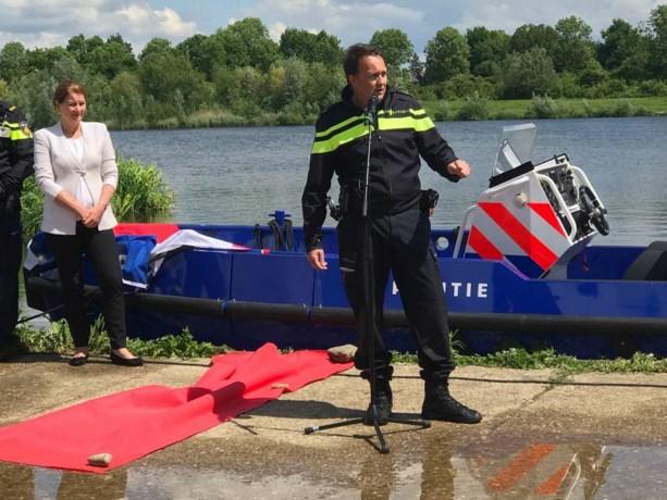 Nieuwe 'Flikken-boot' Maastricht haalt 80 km/u