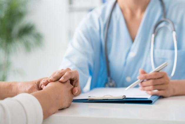 Arts uit ambt gezet na seksueel contact met patiënt