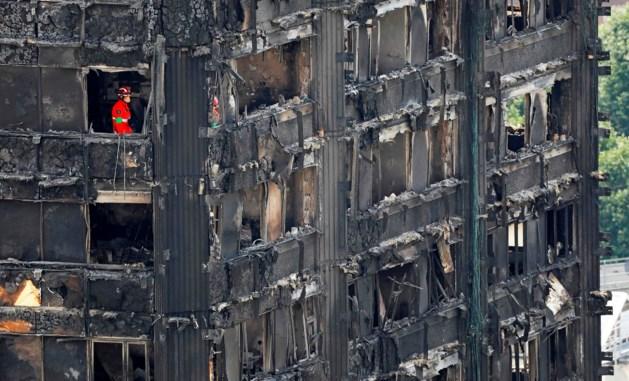 Minister: Gevelbekleding Grenfell Tower ook in Engeland verboden