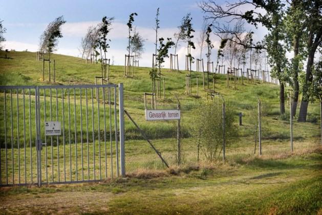 Routes voor mountainbikers op voormalige stortplaats
