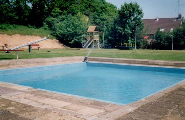 Kessel viert feest bij jarig zwembad