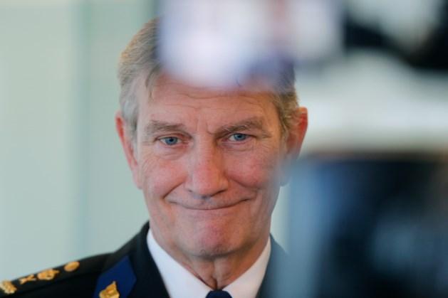Oud-korpschef Gerard Bouman krijgt hartaanval op vakantie