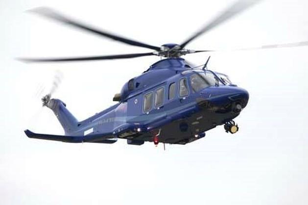 Stomdronken chauffeur dankzij politiehelikopter van A73 gehaald