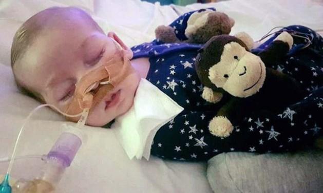 Baby Charlie Gard na lange juridische strijd overleden