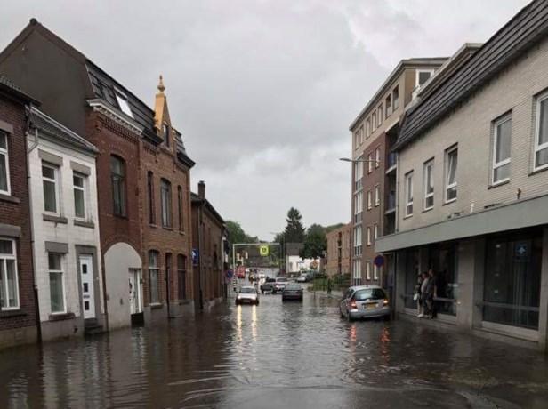 Hevige regenval zorgt voor overlast in Limburg