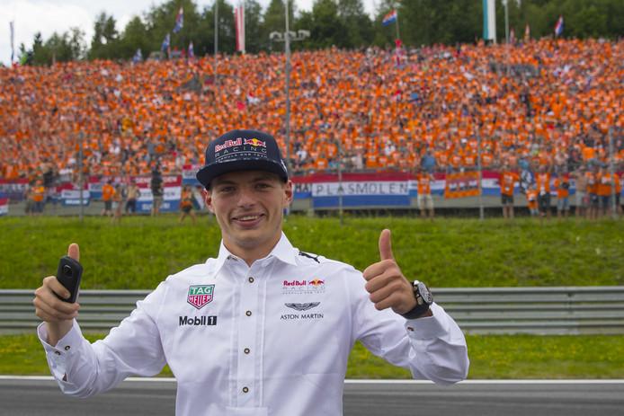 Max Verstappen krijgt ook eigen tribune tijdens GP