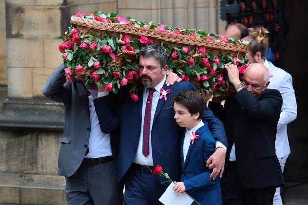 Jongste slachtoffer (8) van van aanslag Manchester begraven